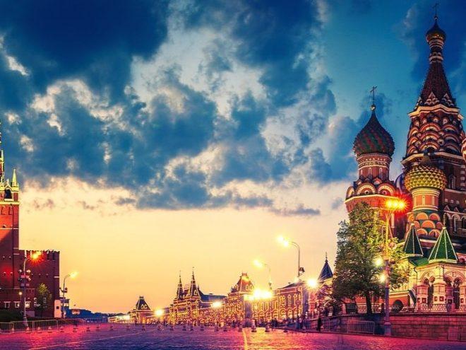 Moskva i Sankt Peterburg, 8 dana